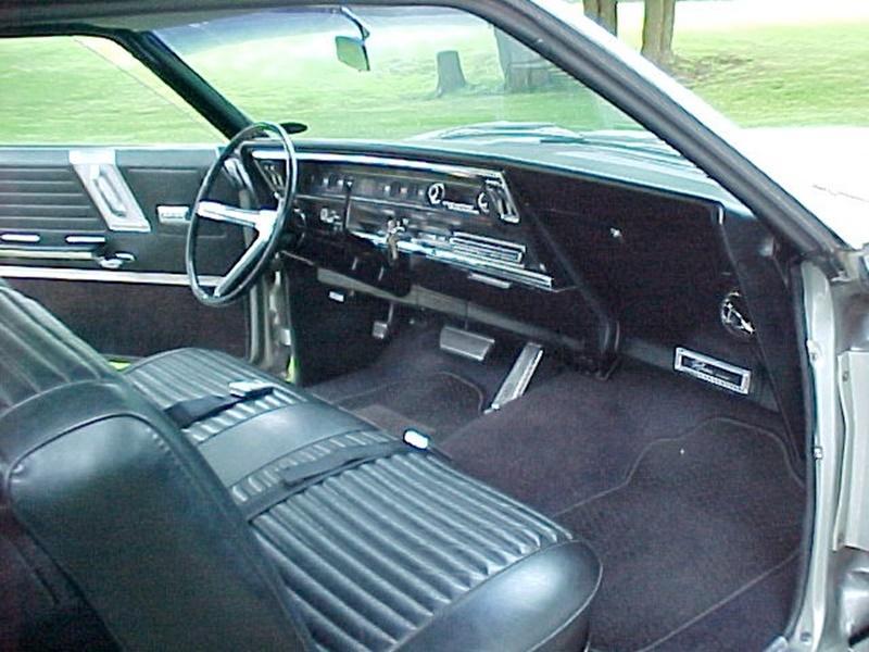 Buick Riviera Silver Green Exclusiv E