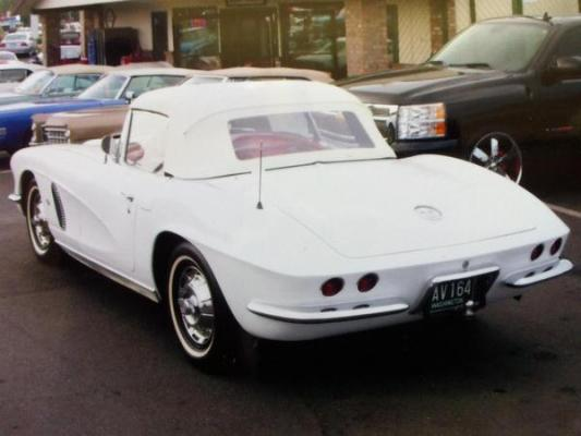 SOLD - 1962 Corvette Convertible w/ tow behind trailer