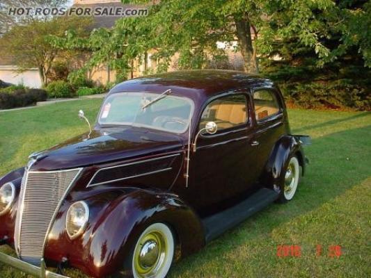 1937 Ford Tudor slant