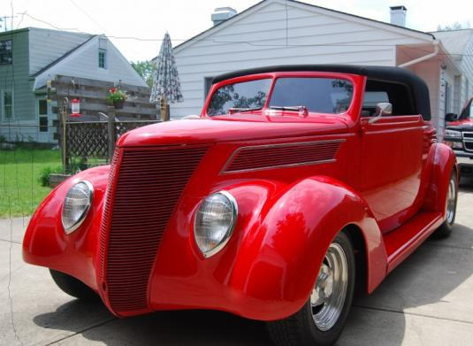 1937 Ford Club Cabriolet